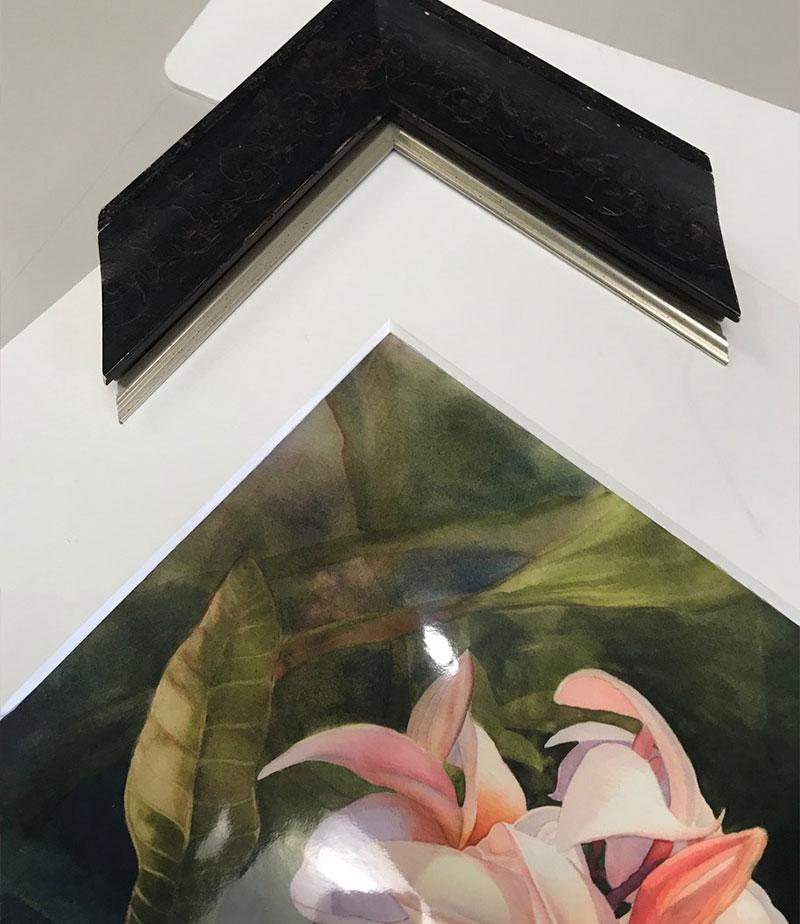 custom framing interior design